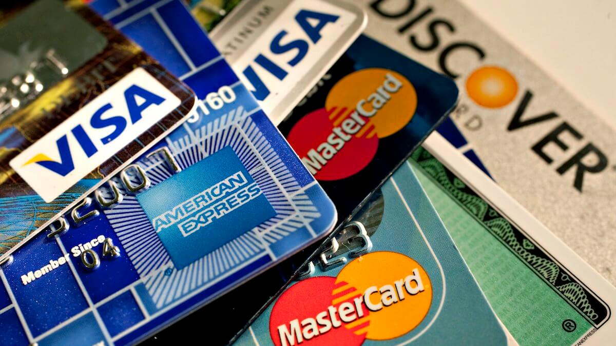 Биткоин-компании жалуются на закрытие банковских счетов в Сингапуре