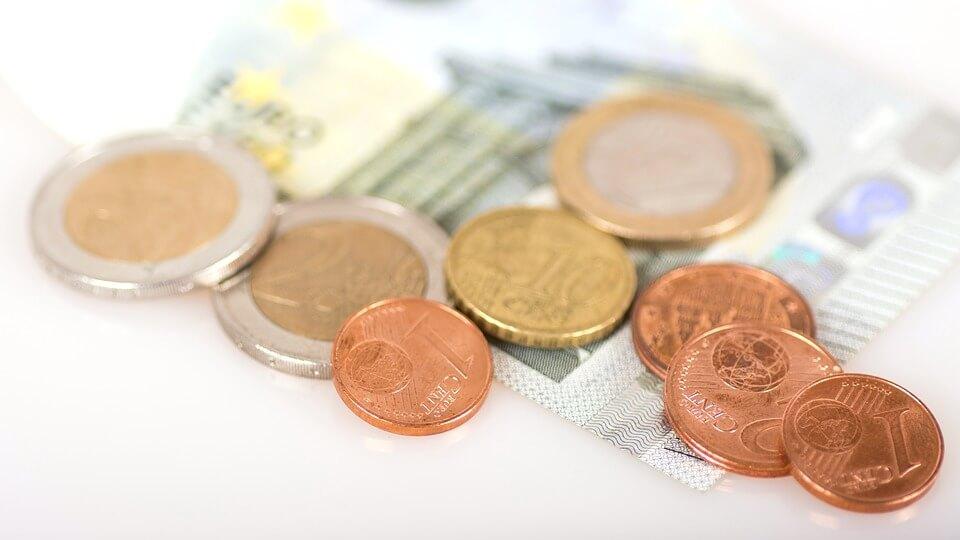Праздник к нам приходит: ЕС инвестировал 5 миллионов евро в блокчейн-стартапы
