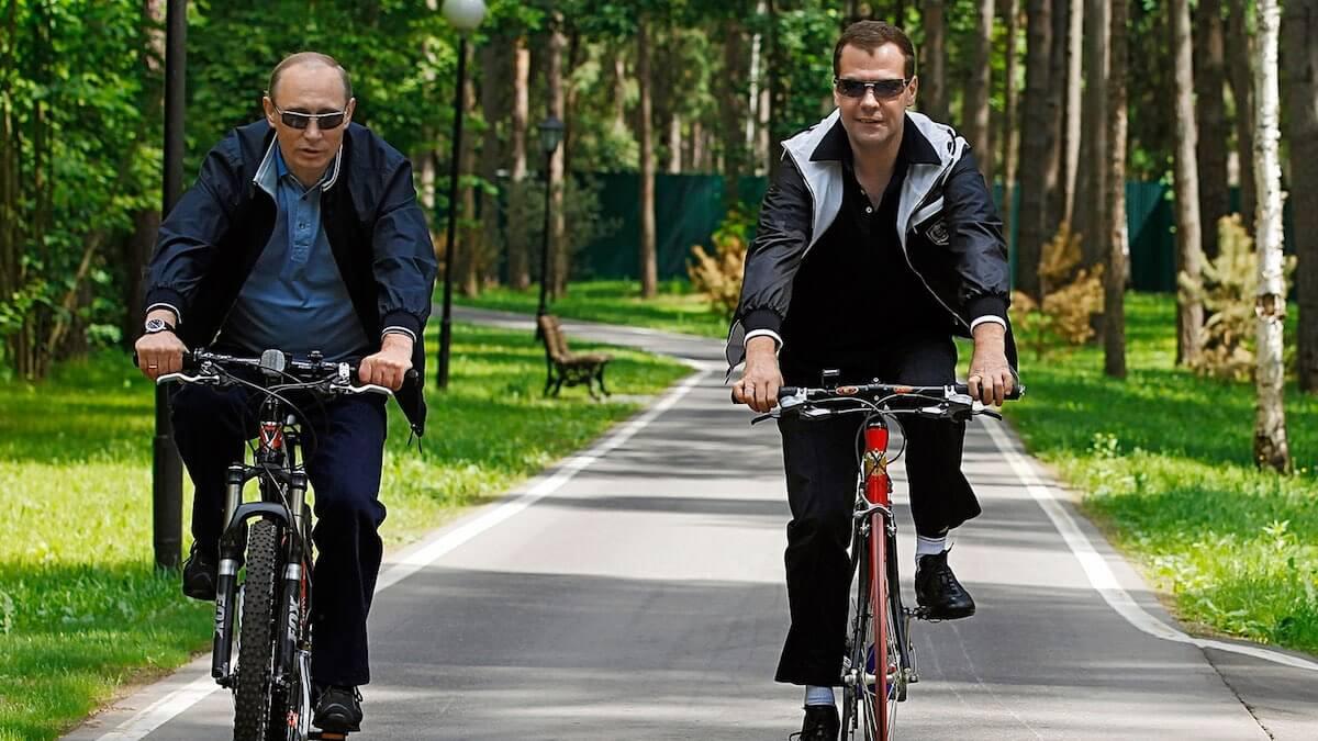Мужайтесь, братья: Путин поручил ввести налог на майнинг