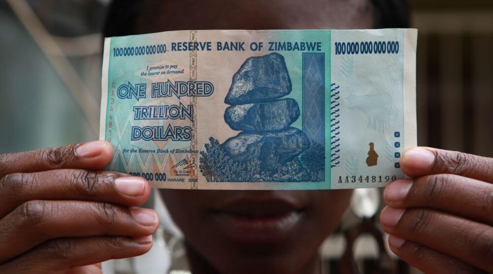 Наконец-то: Центральный банк Зимбабве признал Биткоин незаконным