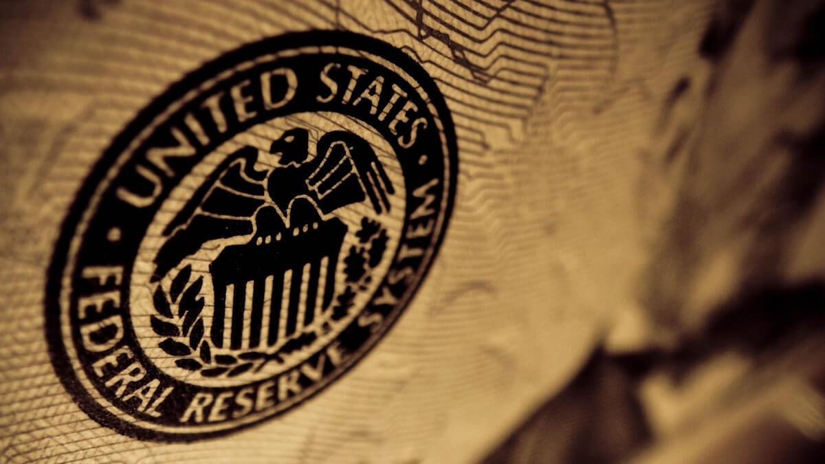 Заявление Федеральной резервной системы США снизило курс криптовалюты