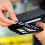 ЦБ: мошенники переключились с банковских карт на криптовалюты