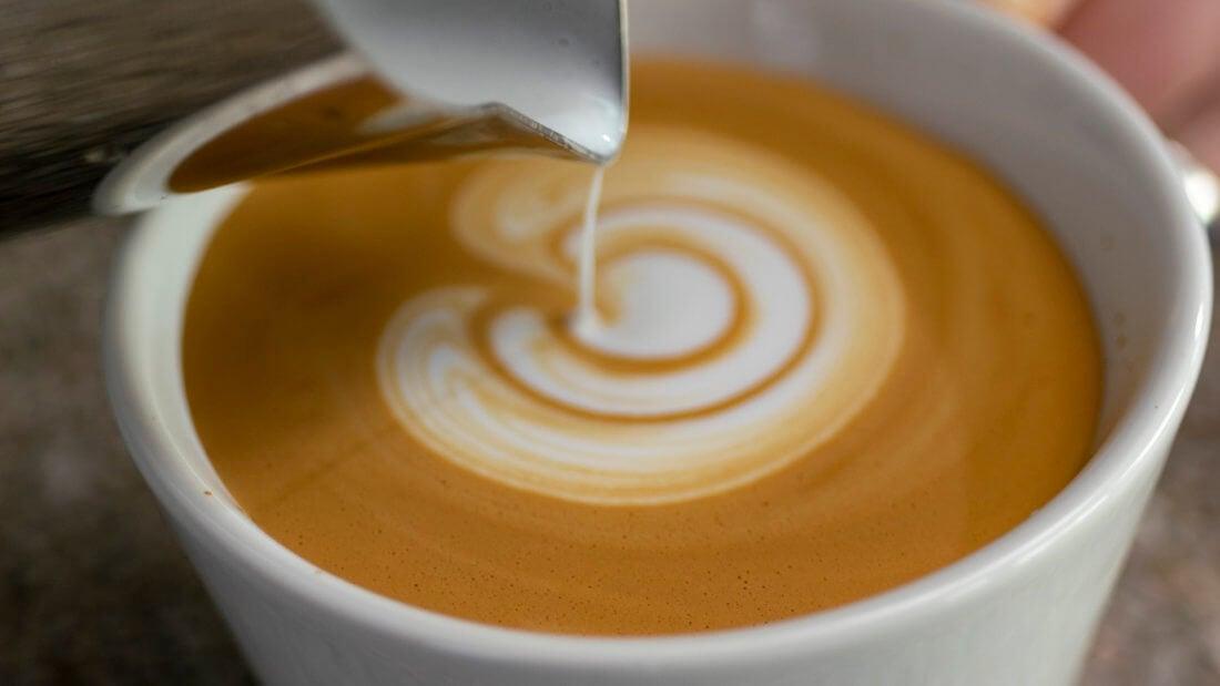 Кофе капучино флэт вайт молоко