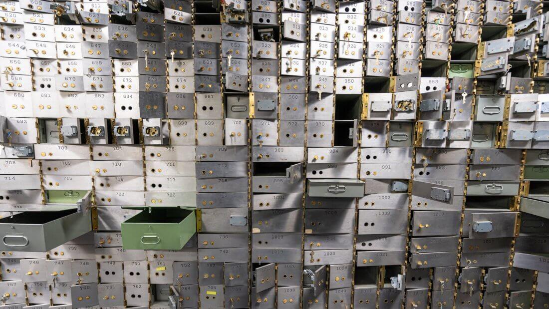 сейф хранилище банк
