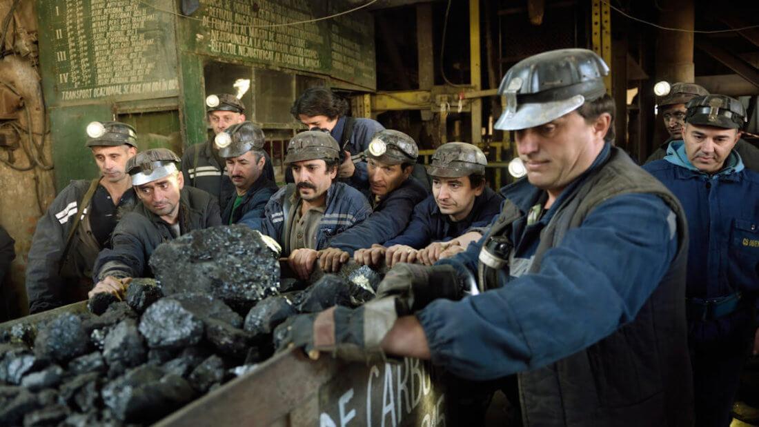 майнеры шахтёры уголь