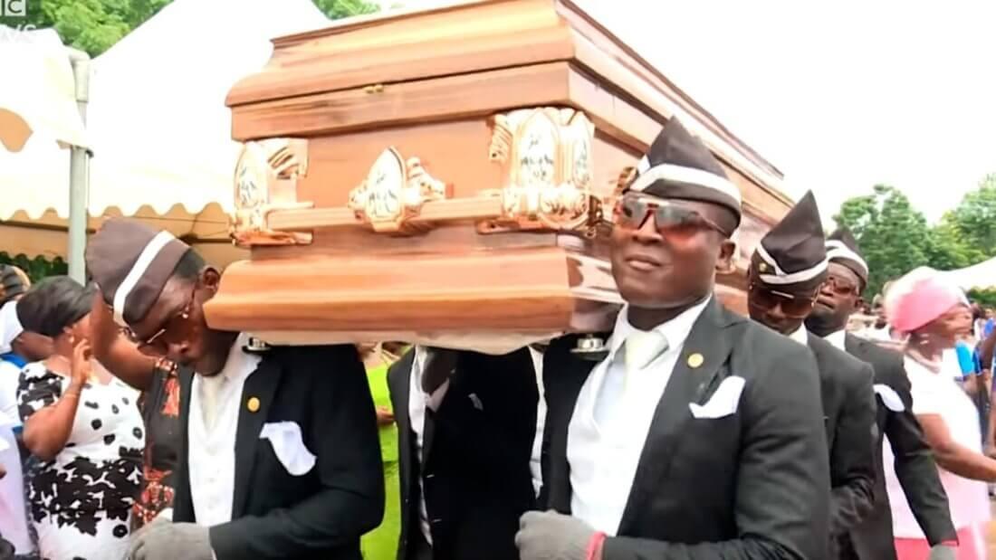 похороны мем гроб
