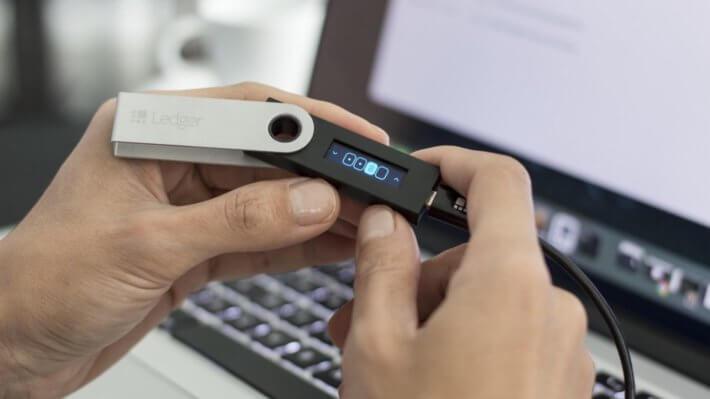 кошелек ledger устройство