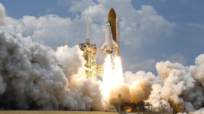 Ракета космос взлет