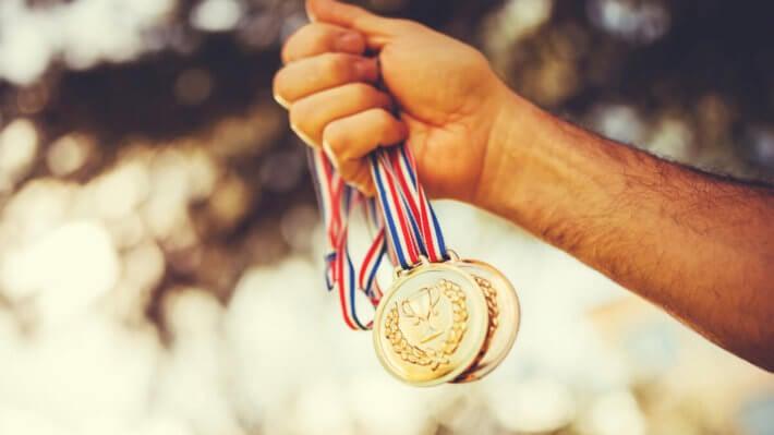 медаль победа приз