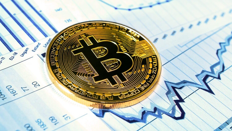 график популярность биткоин
