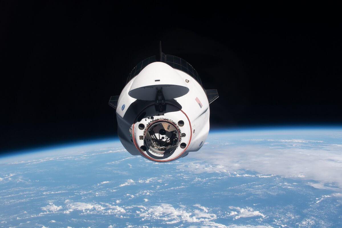 Биткоин SpaceX космос орбита