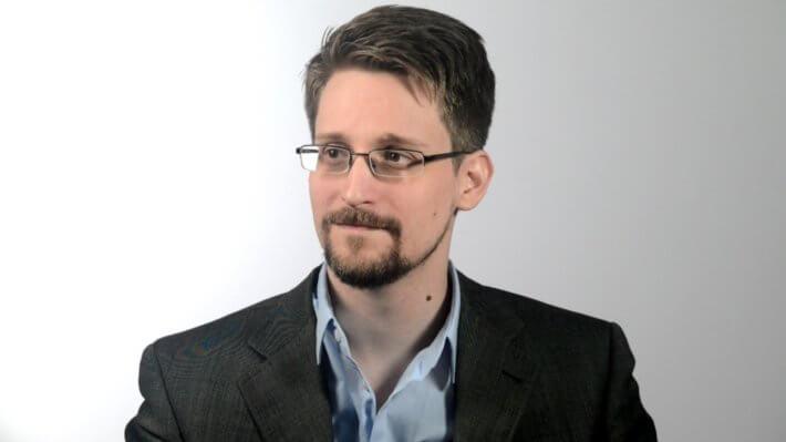 Эдвард Сноуден США